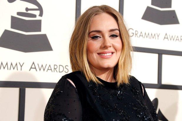 Adele-Grammy-Awards-2016